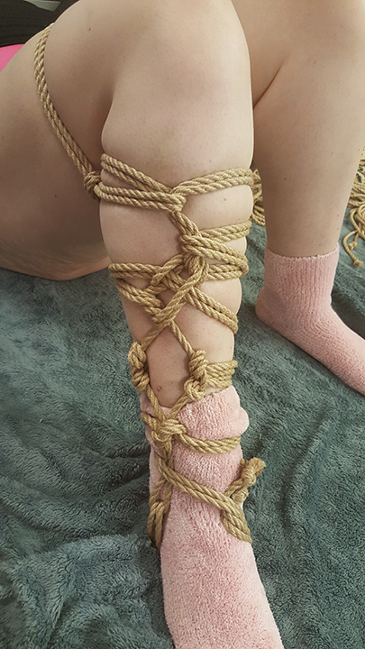 Decorative-Torture Leg Rope